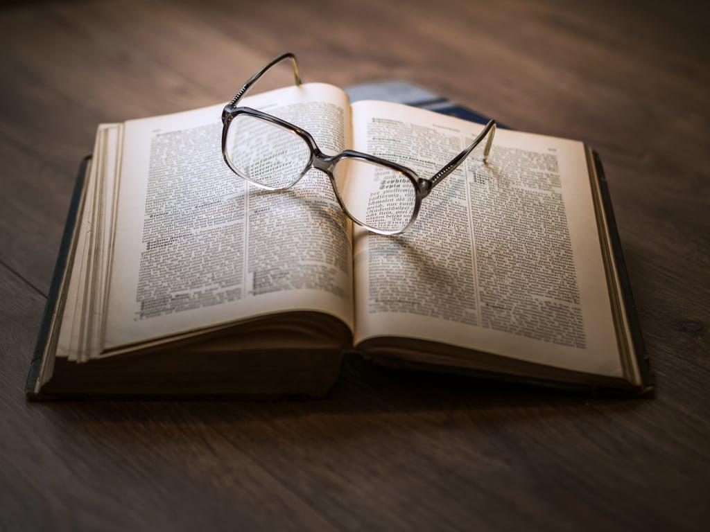 Book-Glasses.jpeg